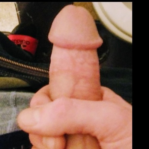 See bigguy1989 naked photo and video