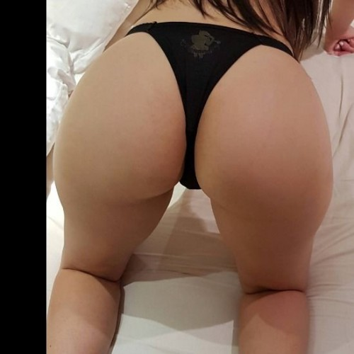 FREE porn pictures and short videos of sakura666 in Brazil