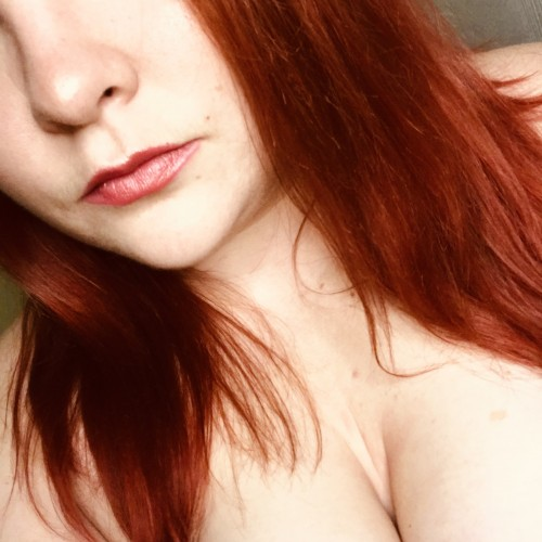 FREE porn pictures and short videos of naughty_lil_redhot in United States