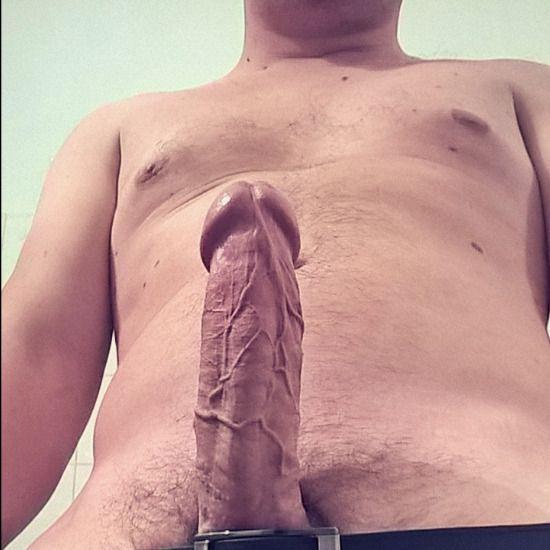 Viens voir les photos et vidéos SEXE de happychap69