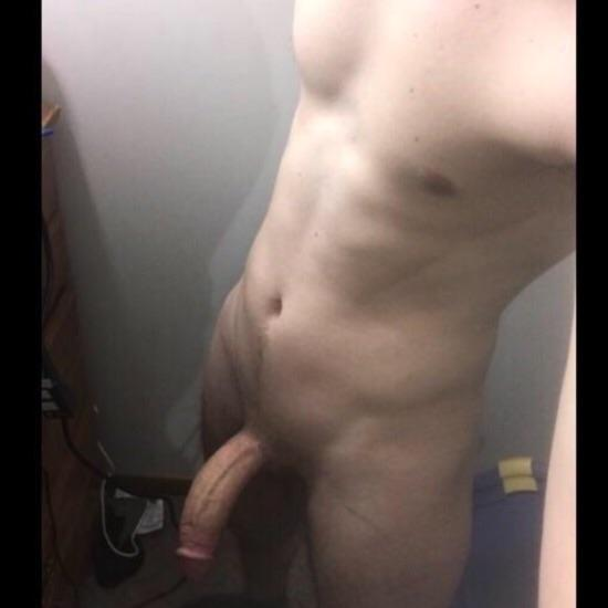 See makeucum88 naked photo and video